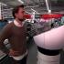 Mann mit Verkaufsroboter © Messe Düsseldorf