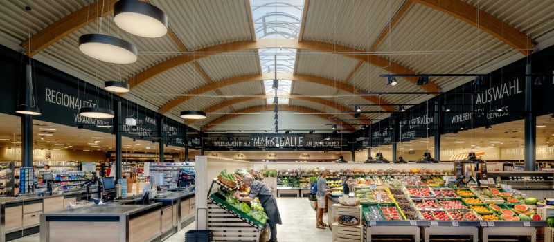 Custom and smart retail lighting solutions enhance your customer's experience