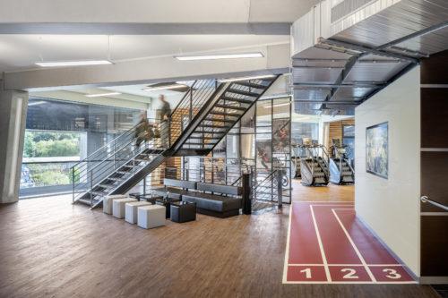Treppenaufgang im Sportsdesign