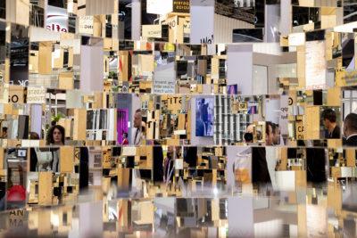 Bild: Spiegelungen; Copyright: Messe Düsseldorf