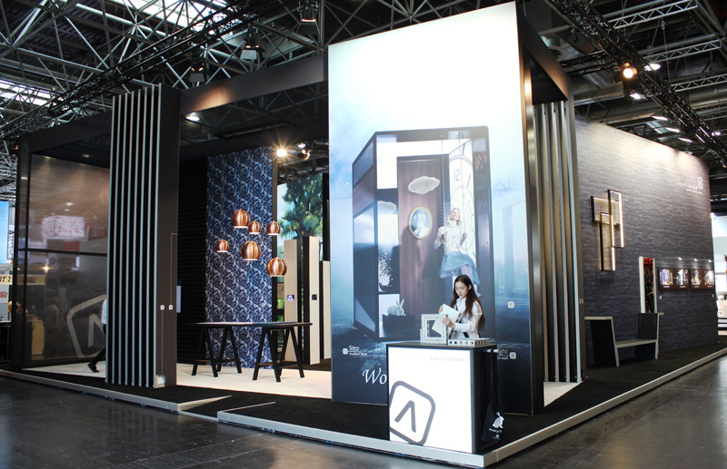 Aluvision_Exhibitor-Award-Winner-large-stand-EuroShop-17