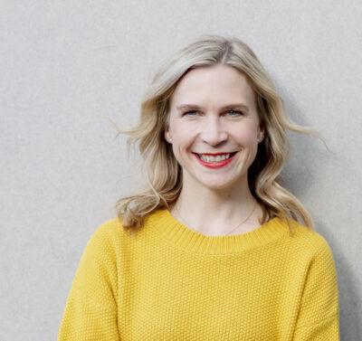 Portraitfoto der Geschäftsführerin von BabyOne, Anna Weber
