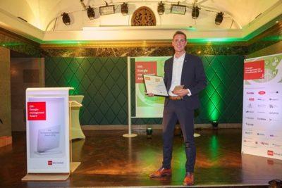 Wolf Tiedemann, Mitglied der Geschäftsleitung, Lidl, nimmt den EHI-Energiemanagement Award 2018 entgegen © EHI/Schulten