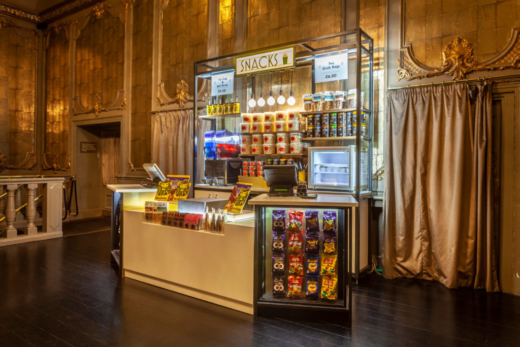 Food kiosk in a theater; copyright: Green Room