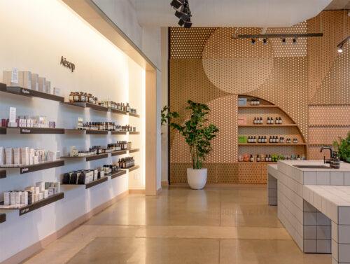 Stylische Produktpräsentation der Kosmetikmarke Aesop.© Neighbourhood Goods