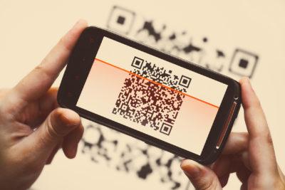 qr code mobiler scanner; copyright: PantherMedia / Mihai Barbu