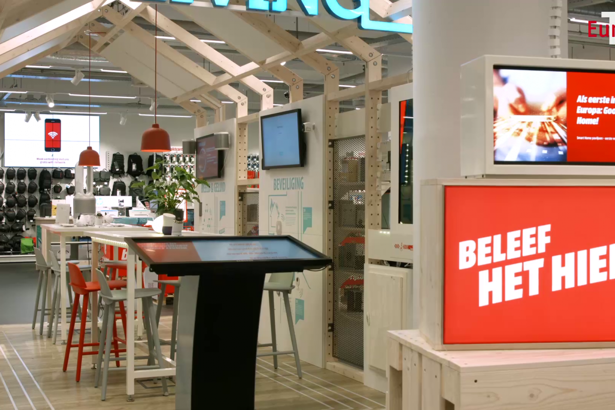MediaMarkt Eindhoven: Inspiring customers with interactive technologies