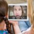 Mother and daughter with video call in lving room; copyright: PantherMedia / Wavebreakmedia ltd