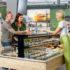 Kühlregale in einem Supermarkt; copyright: HAUSER / Stefan Kuhn Photography