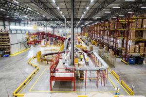 Optimierung der Lagerhaltung und Auftragsabwicklung von Online-Bestellungen