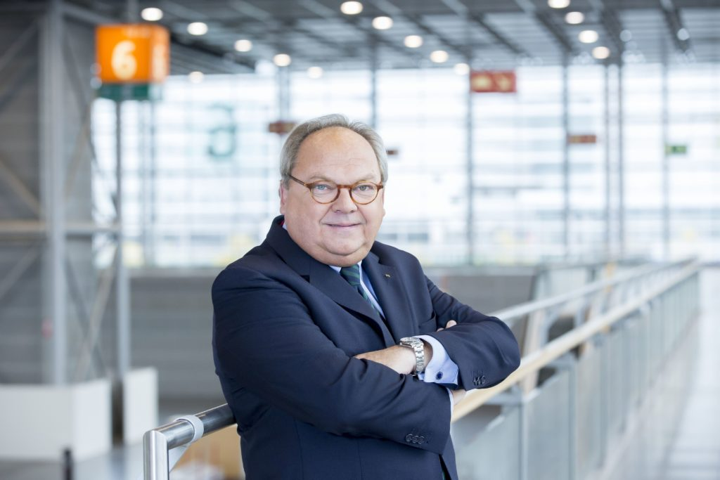Portraitfoto Werner Matthias Dornscheidt
