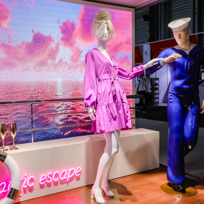 Two mannequins in a romantic scene