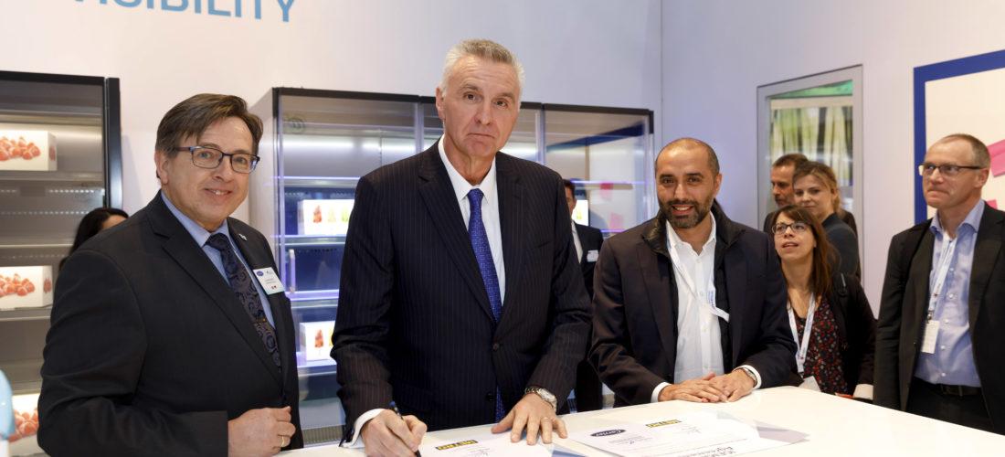 Contract signed at EuroShop 2020