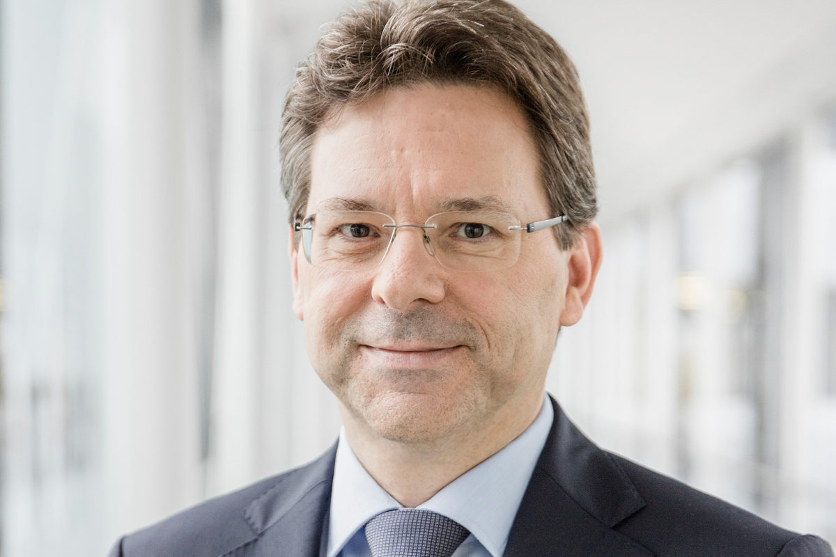 3 Questions to … Jochen Ludwig, Expert