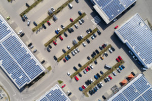 Climate protection in retail  thanks to energy storage and photovoltaics
