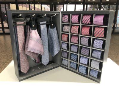Krawatten-Koffer Display MAICA