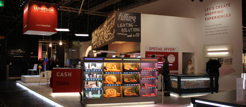 Invisible light sources and dynamic lighting solutions in retail stores