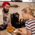 Baker with female customer; copyright: panthermedia.net / Wavebreakmedia ltd