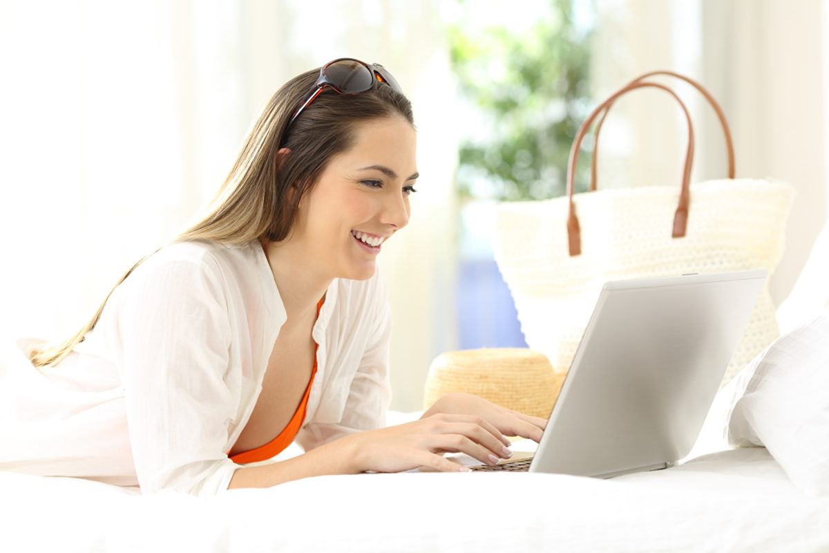 4 in 5 consumers review products online before purchasing in-store