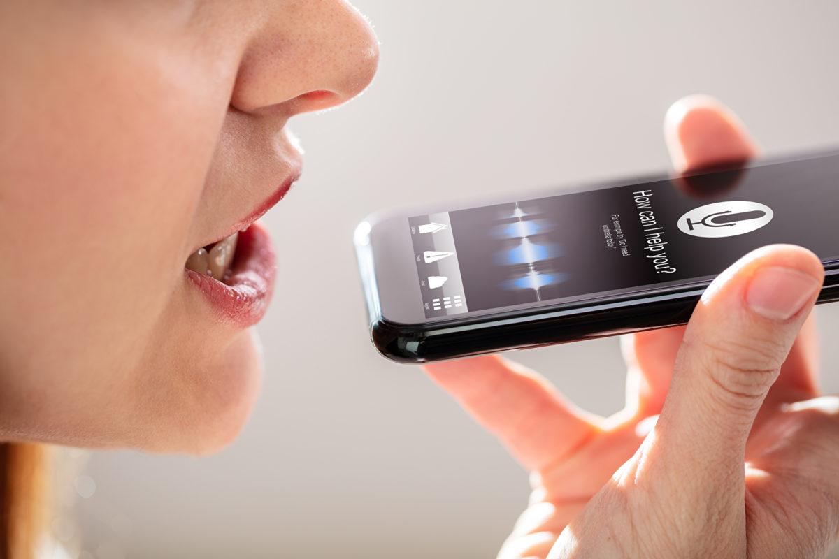 Jeder Dritte nutzt digitale Sprachassistenten
