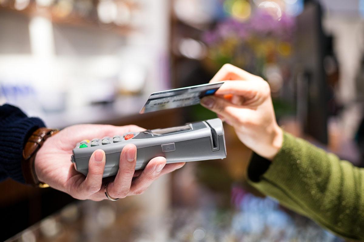 Kartensysteme und Bezahlung: Anhaltend großes Wachstum für die girocard – kontaktlos boomt