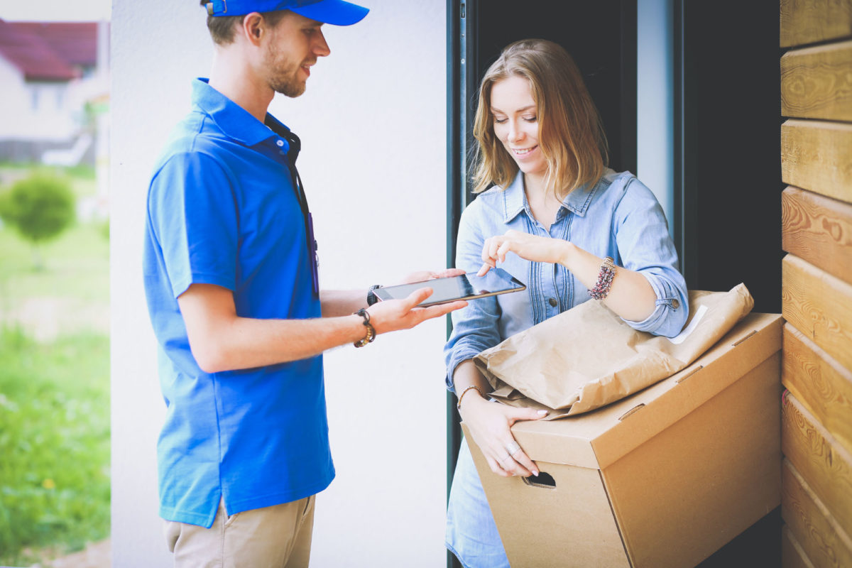 Same-Day Delivery: Tips for Small Retail Businesses