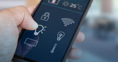 Ein Smartphone mit verschiedenen Symbolen