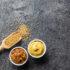 Gelber Senf undSenfkörner